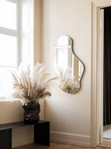 Bilde av Ferm Living - Pond Mirror - Stor - Messing